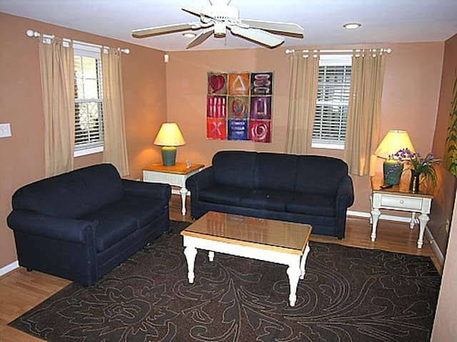 2 BR Lazy River Fish Bay Suite at Water Park - Seaside Heights - Condominium