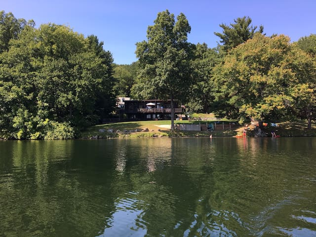 Awesome Lake House in Averill Park, NY - Averill Park - Huis