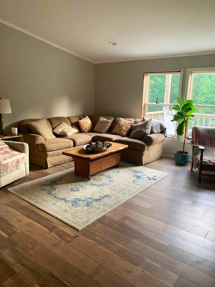 Mtn home close to PSU/5min from fly fishing!