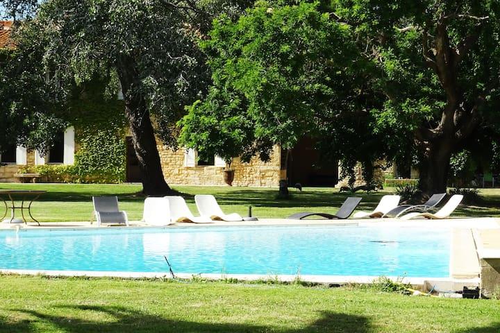 Le Couchant - 8 pers.piscine - calme et confort