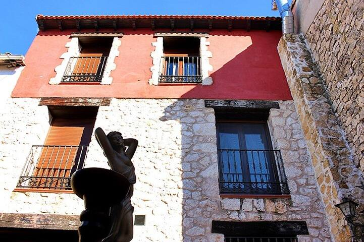 Habitación Triple con Baño - Valdeavellano - House