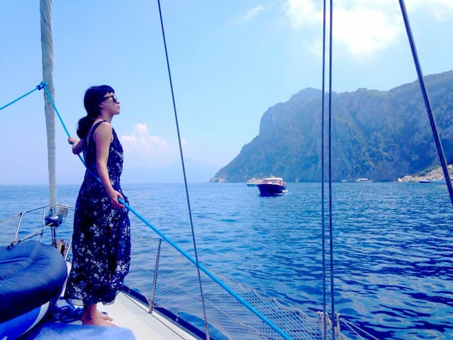Sailing Boat in Capri!