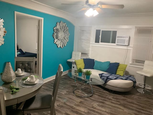 Hollywood 2bedroom close to Universal free parking