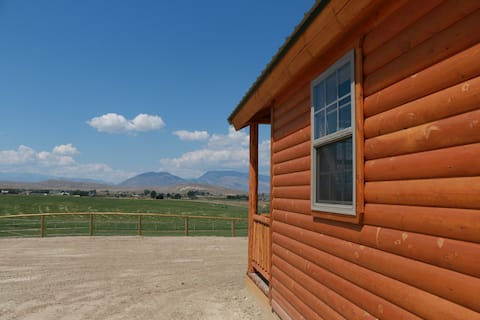 WY Legacy Getaway Cabin