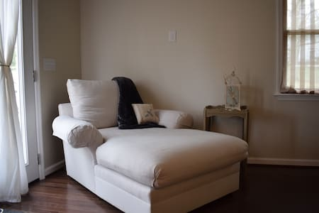 LOCATION & STYLE ONLY MINUTES FROM DOWNTOWN - Nashville - Lainnya