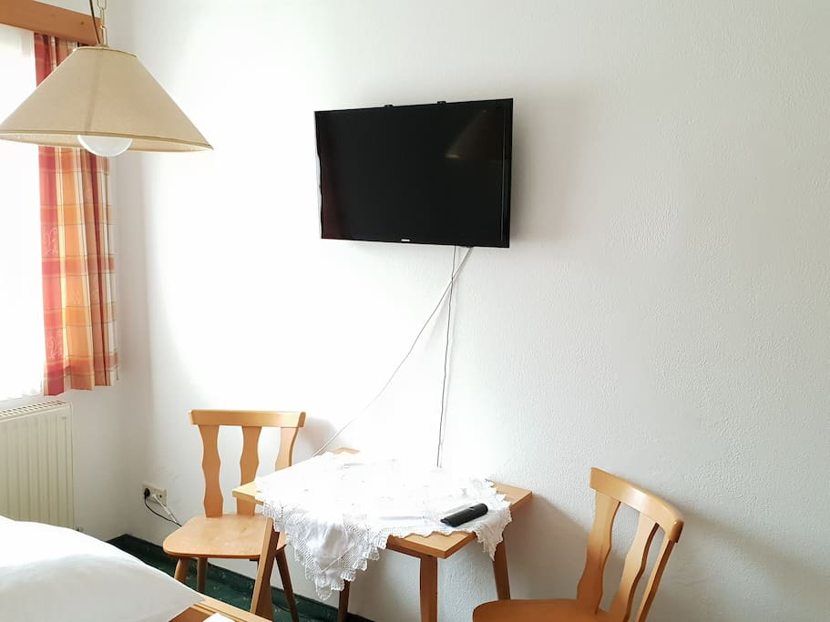 TV, table