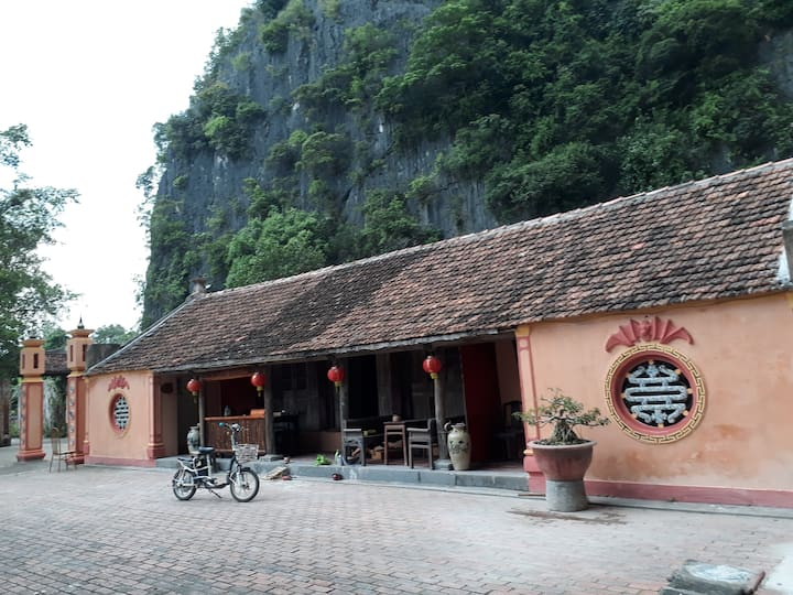 A Private Room+Bnb -In An ancient house of Tam Coc