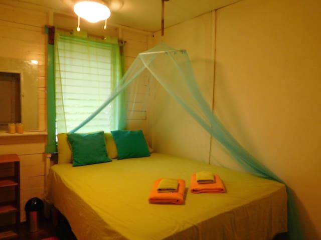 Casa Vista Pista double room! Great - Bocas del Toro Province