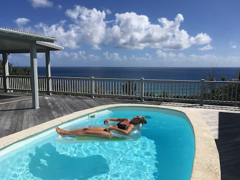 Quiet Reef Bay Bungalow (West) with Pool & Spa