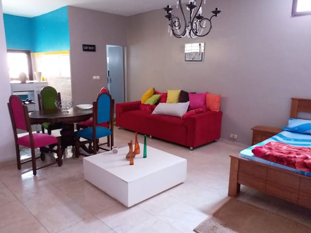 Studio indépendant meublé, fonctionnel