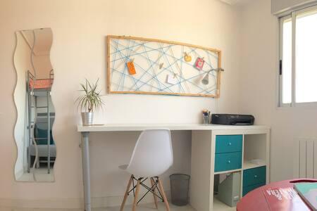 Habitación en nuestro ático - Albacete