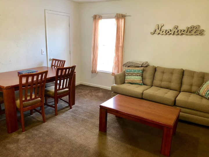 4 Bedrooms in East Nashville within mile Downtown!