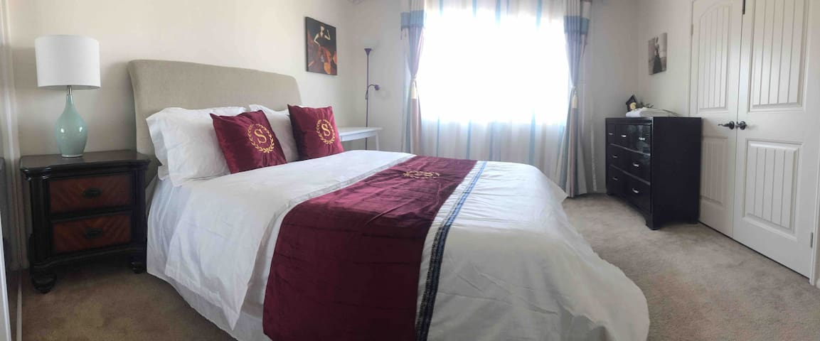 Nearby RUHS 10% off for month rent bright suites 5