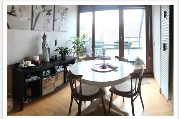 Ruhige und gemütliche Wohnung in bester Lage