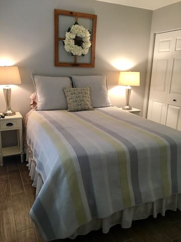 Beautiful & Clean Private Bedroom & Bathroom! - Royal Palm Beach - Dům