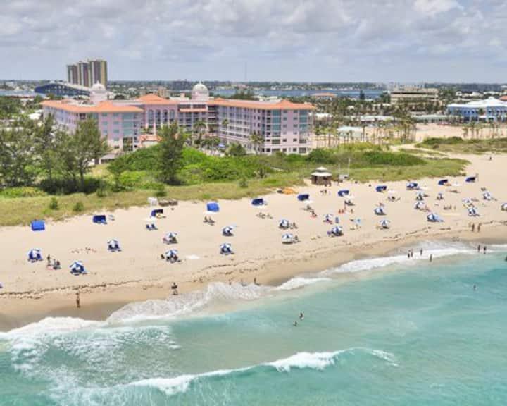CHRISTMAS at Palm Beach Shores (Dec. 19-26, 2020)