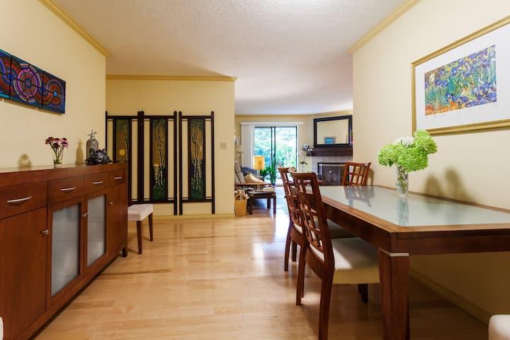 Central, 1 bedroom garden apartment