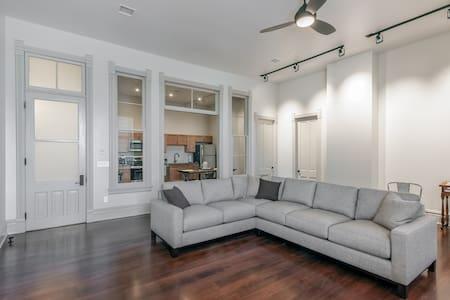 Villa Willa: Historic loft apartment in Red Cloud