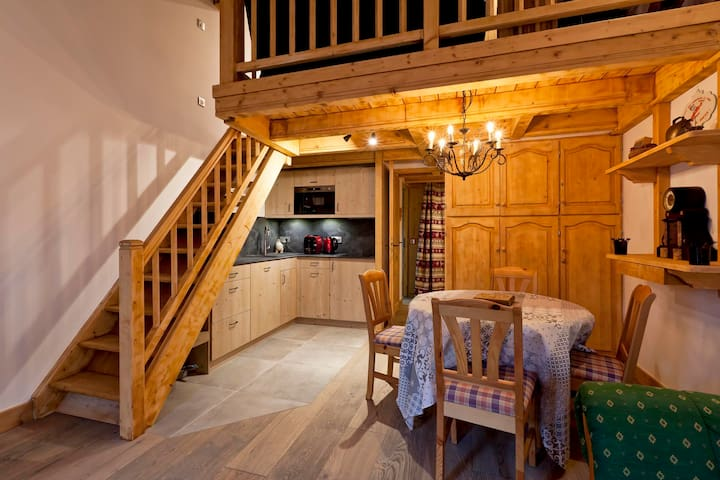1 bedroom duplex apartment in the Village of Le Praz