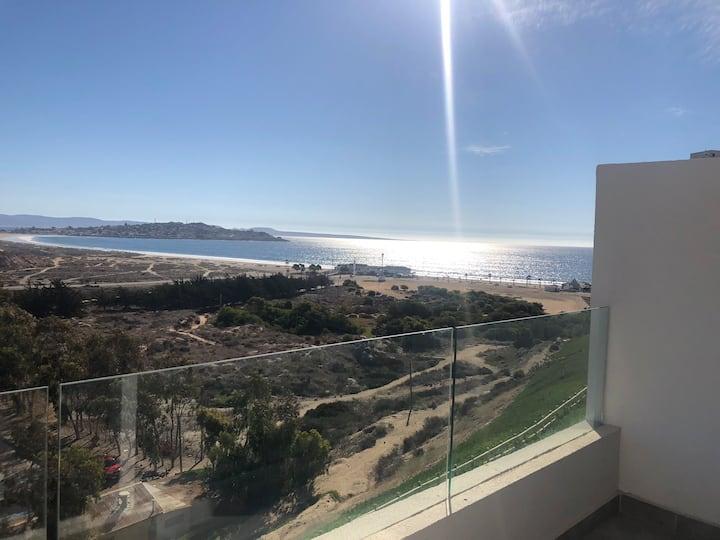 duplex con terraza y mejor vista de puerto velero