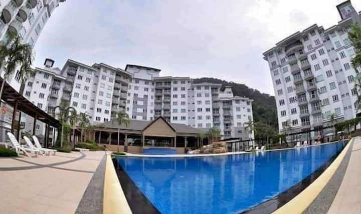 Batu Pahat Condo with pool for weekend gateway