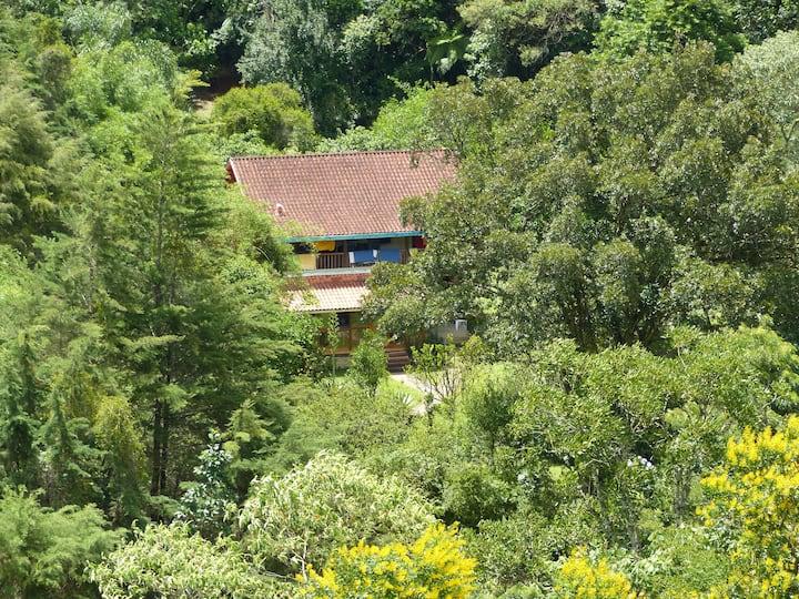 Quarto na casa em Mirantão, ambiente idílico