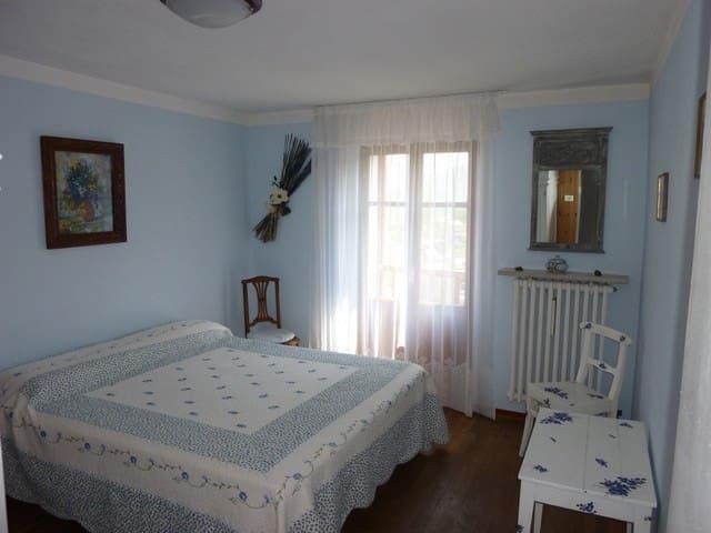 Chambre 1 Accés balcon