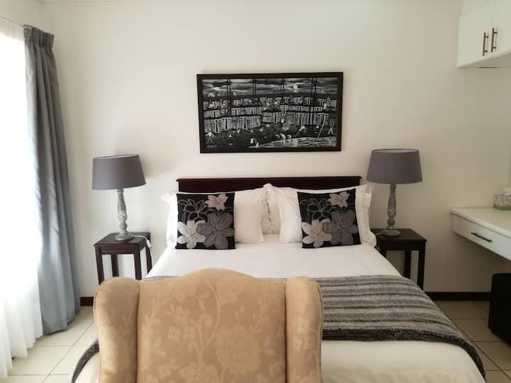 Newton Sands Guesthouse - Unit 4