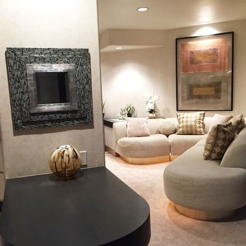Entire Home! Very Private & Serene in Resort Area