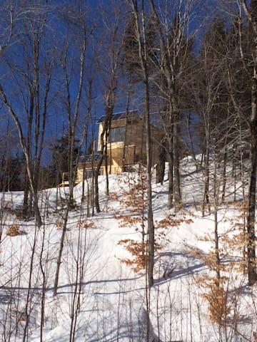 Maison autonome au sommet des Laurentides! - Saint-Adolphe-d'Howard