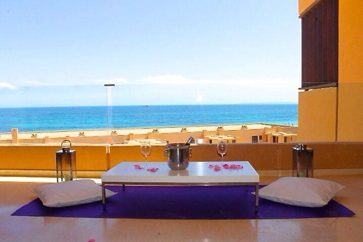 Playa den Bossa Amazing apartment and location - Sant Josep de sa Talaia - Leilighet