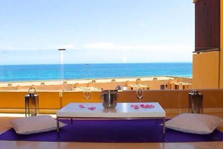 Playa den Bossa Amazing apartment and location - Sant Josep de sa Talaia - Leilighet