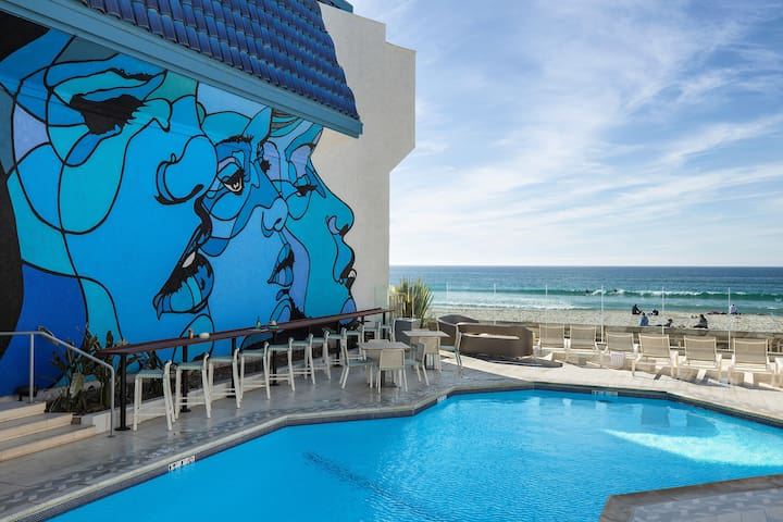 Blue Sea Beach Hotel, 2 Queens Guestroom-Non View