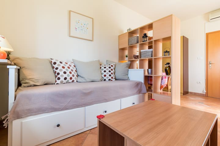 Cozy studio for 2 near the beach - Fažana - Apartamento