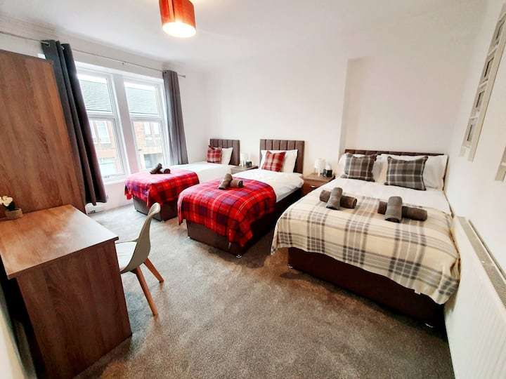 Next to Bellshill Train Station and local shops. Ideal for Contractors or families.