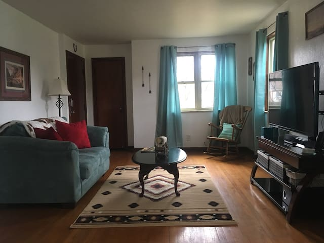 1 Bedroom Apartment in Oakwood