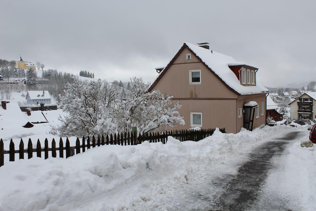 Onze woning in de winter