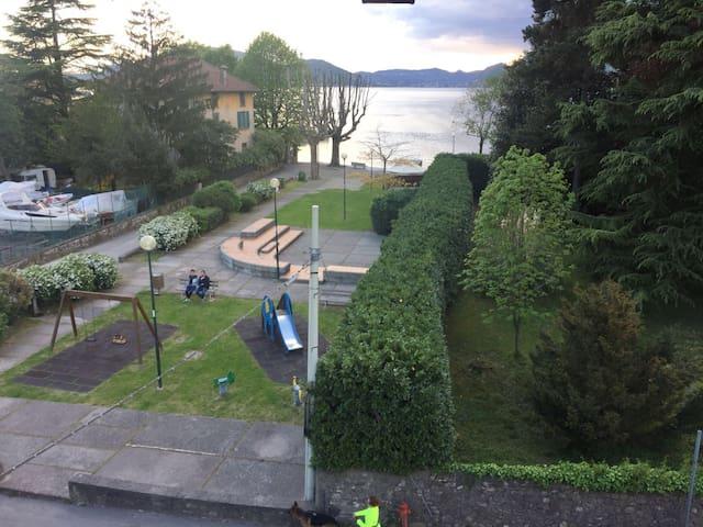Casa direttamente sul lago d'Iseo - Pilzone - Wohnung