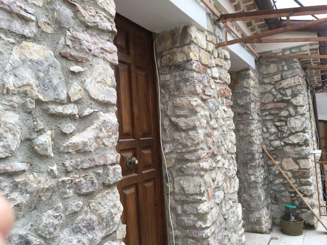 "Appartamento di via ""Ucchelo"" - Rocca San Felice - Wohnung"