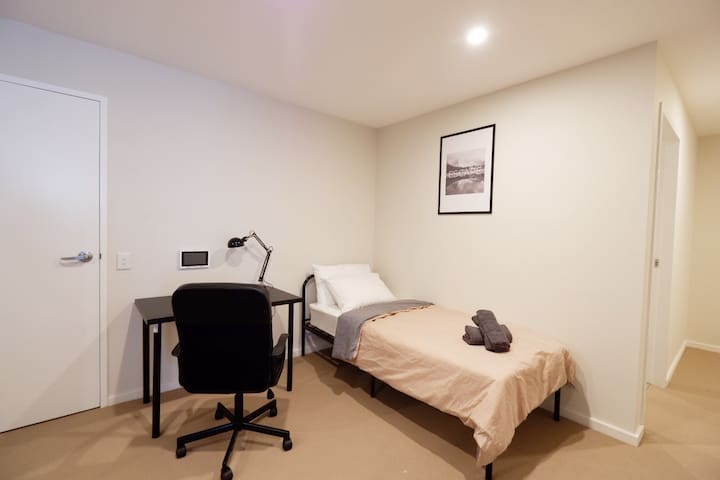Brand New 2bedrooms apt in Pennant Hills