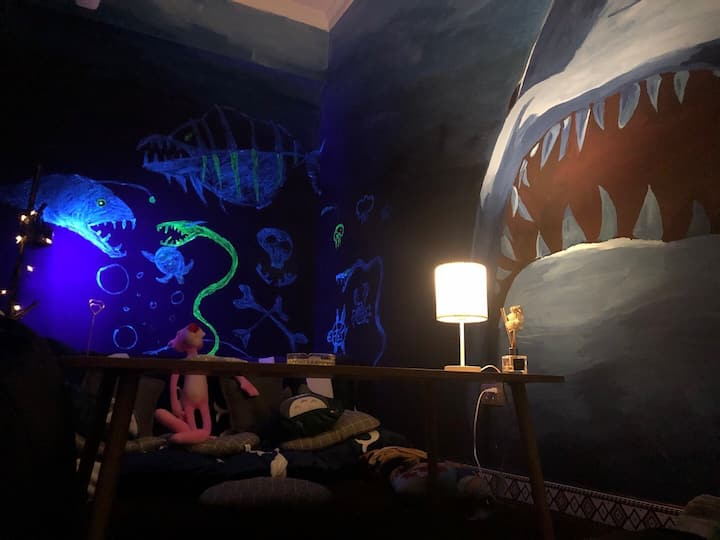 深海恐惧另类电影房(300寸大屏幕,杜比音效)