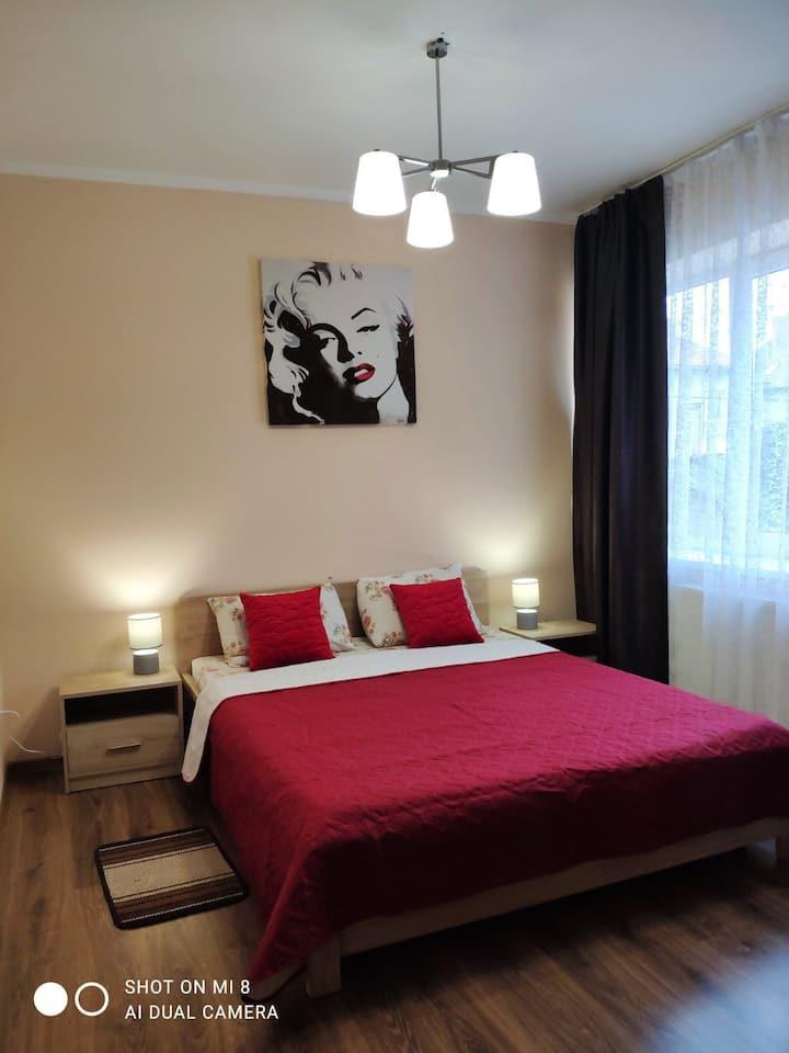 "Apartaments Domovik ""Elegantnost"""