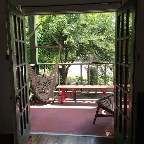 Quiet Spanish Town Condo - Baton Rouge - Lejlighed