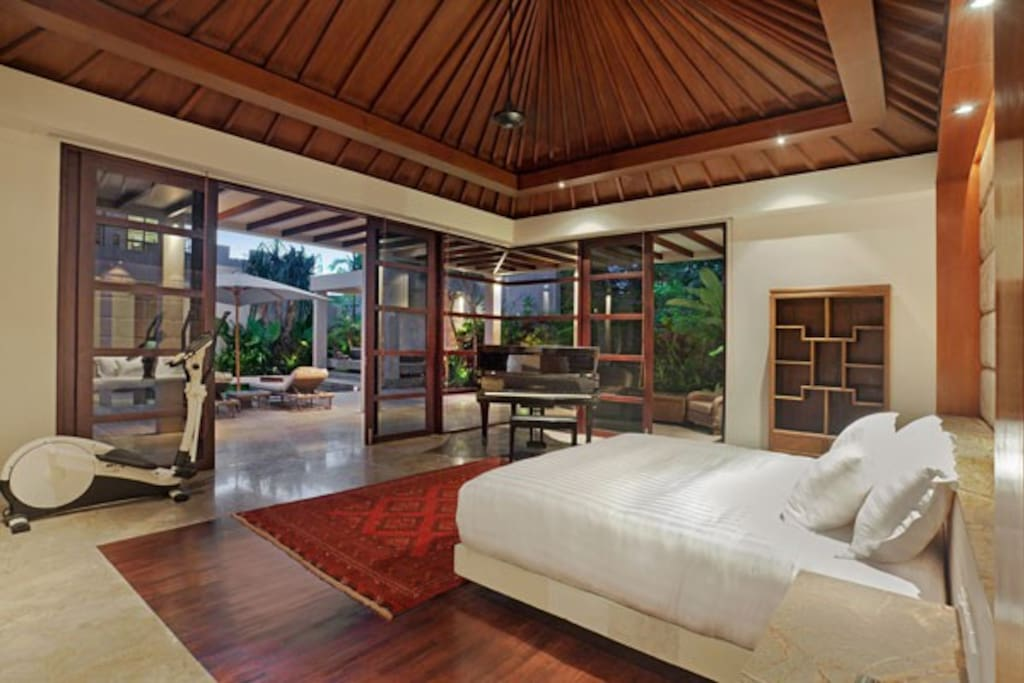 Book 2 BR Only at 4 Bedroom Teana Villa Jimbaran