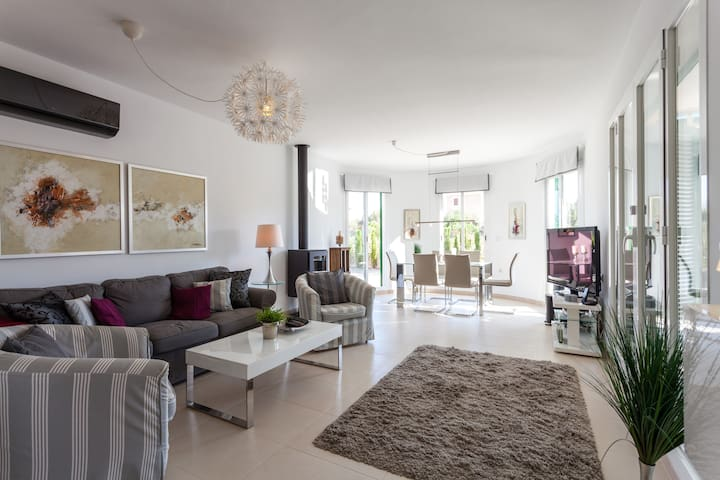 Villa in Cala Murada, Mallorca, close to the beach - Cala Murada - Ev