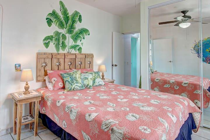 Bedroom #1: Queen Size Bed