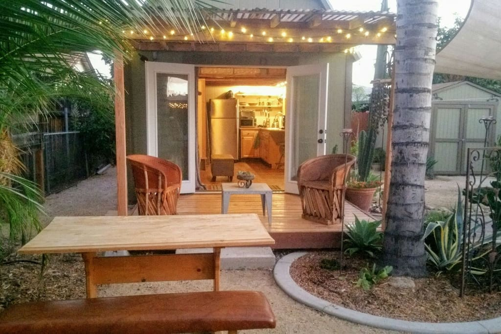 south facing tiny house out doors space