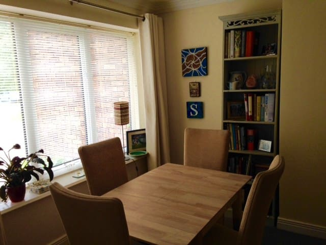 Comfy Retreat in Naas Town