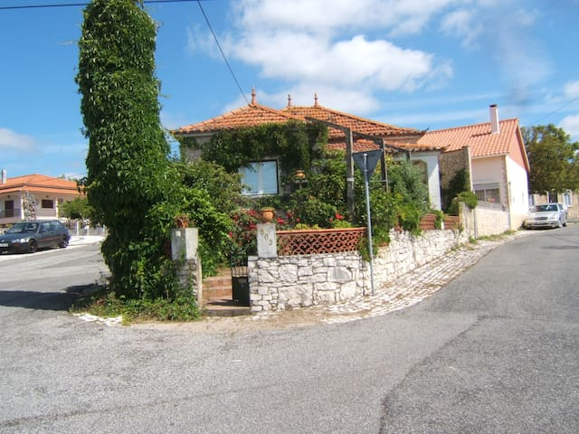 Casa rural perto das grutas de S. António e Fátima - Serra de Santo António - Ev