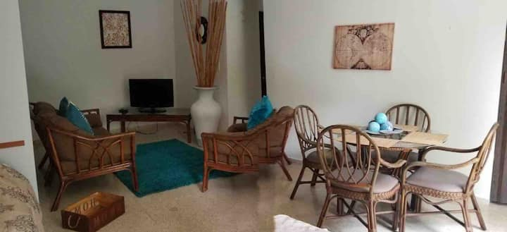Mayagüez Apt- up to 4 guests- Close to Everything
